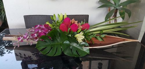 Long and Low Arrangement in Pink
