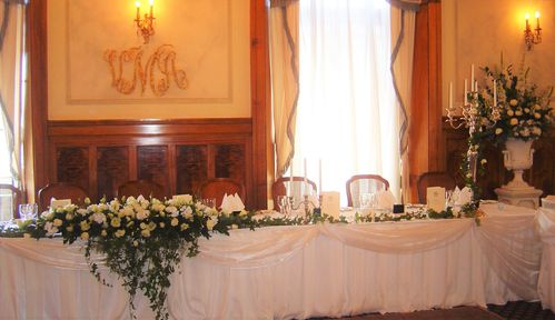 Bridal Table Long & Low Arrangement