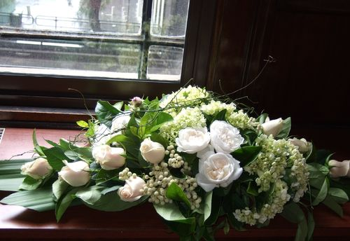 Bridal Table Long & Low Arrangement with David Austins Roses, White Roses & Berries